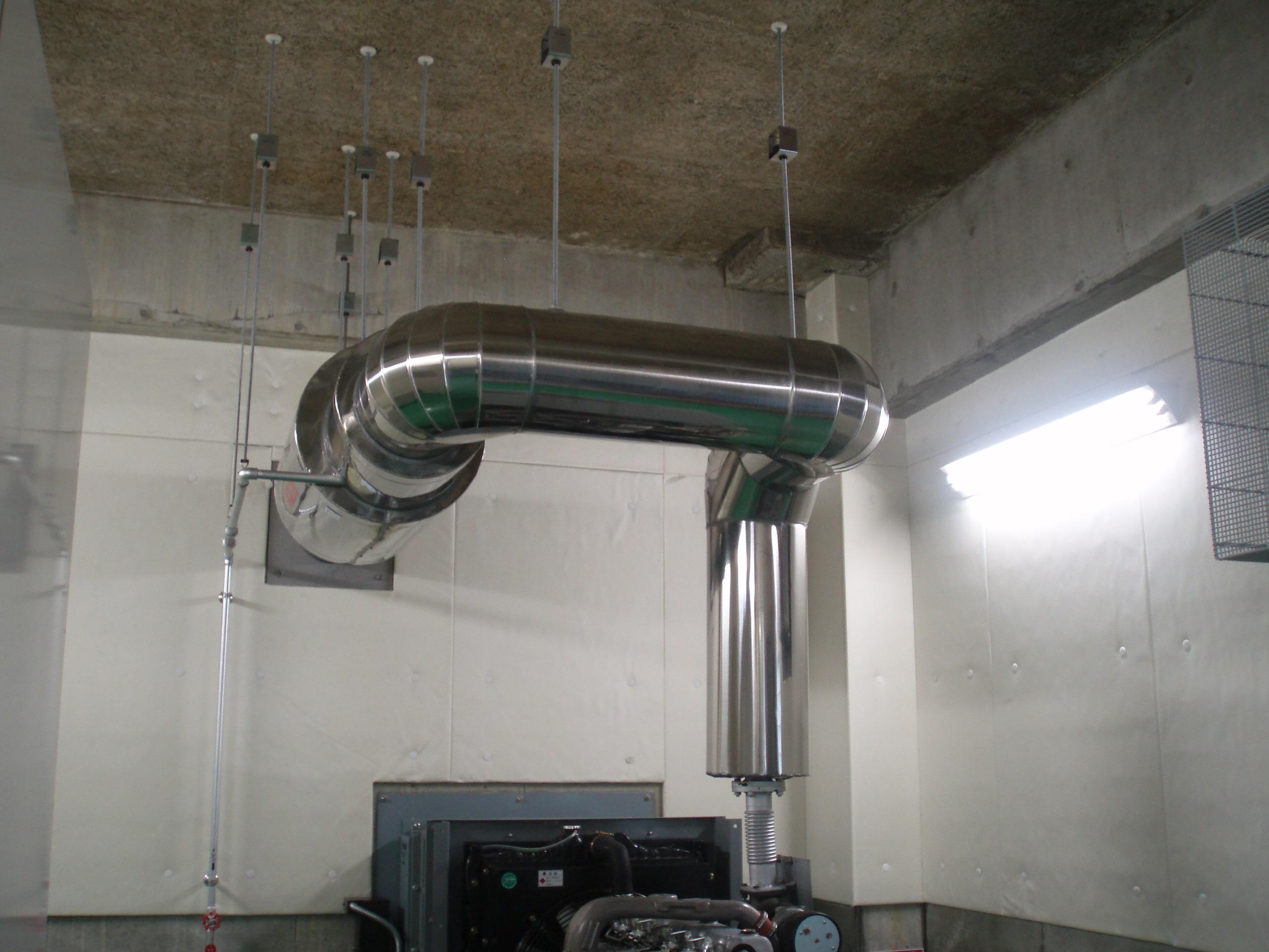 (発電機設置及び排気管製作取付・薩摩川内市内某トンネル照明施設)